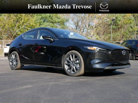 New 2019 Mazda MAZDA3 HATCHBACK w/Preferred Pkg